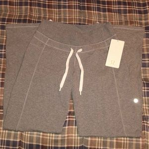 NWT LuluLemon Calm & Cozy Sweatpants